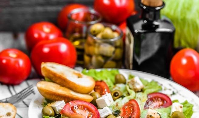 Dieta mediterranea: benefici a tutte le età